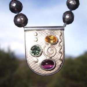Gypsy Artisan Choker Necklace Fine 14k gold gems